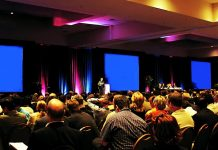 Descubra quais são os 5 segredos para planejar um evento empresarial de sucesso