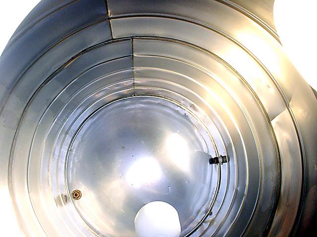 Distrito Federal e Goiás: A Microambiental tem uma tecnologia exclusiva que remove os biofilmes de reservatórios e caixas d'água.