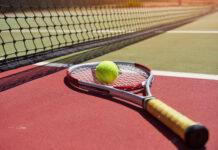 Escolher a raquete certa é essencial para que iniciantes no tênis tenham bom desempenho no esporte